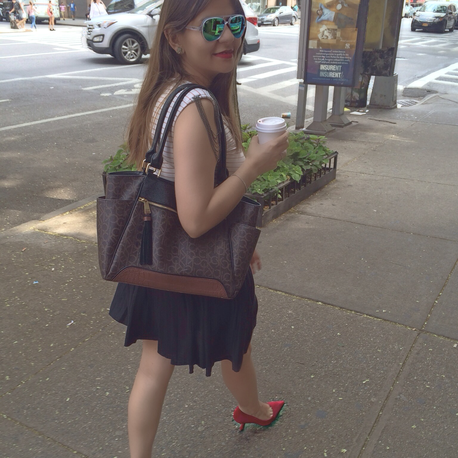 red_shoes_alleygirl_street_style3