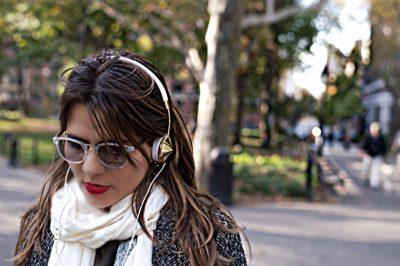 alley-girl-fashion-technology-blog-layla-headphone-review