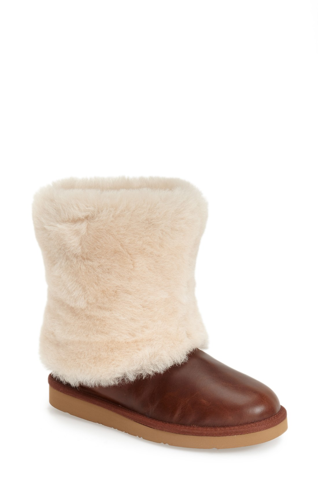 stylish_fashionable_snow_boots_alleygirl_new_york_fashion_blog_ugg_australia