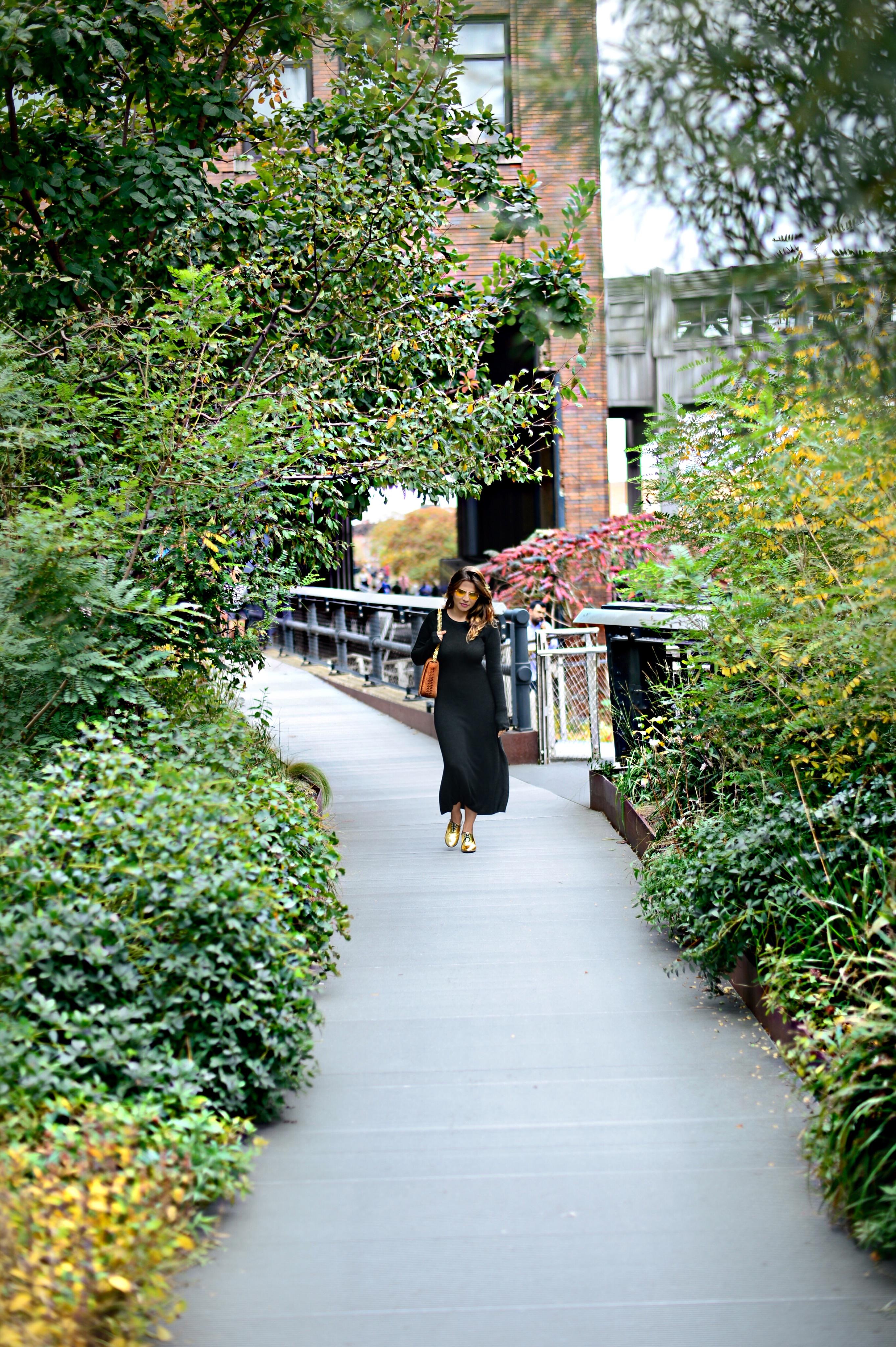 jersey-dress-gold-shoes-alley-girl-betul-yildiz-new-york-fashion-blogger-13