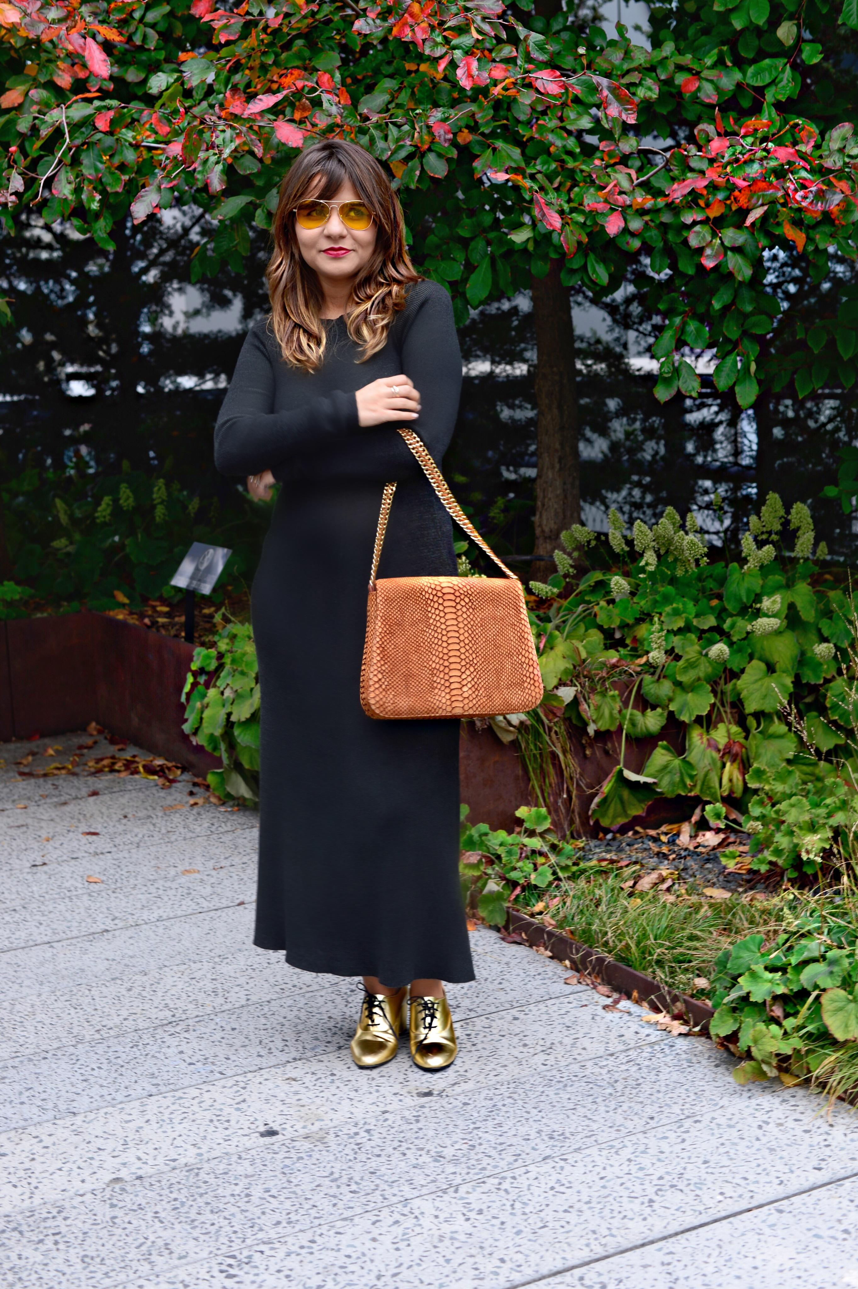 jersey-dress-gold-shoes-alley-girl-betul-yildiz-new-york-fashion-blogger-5