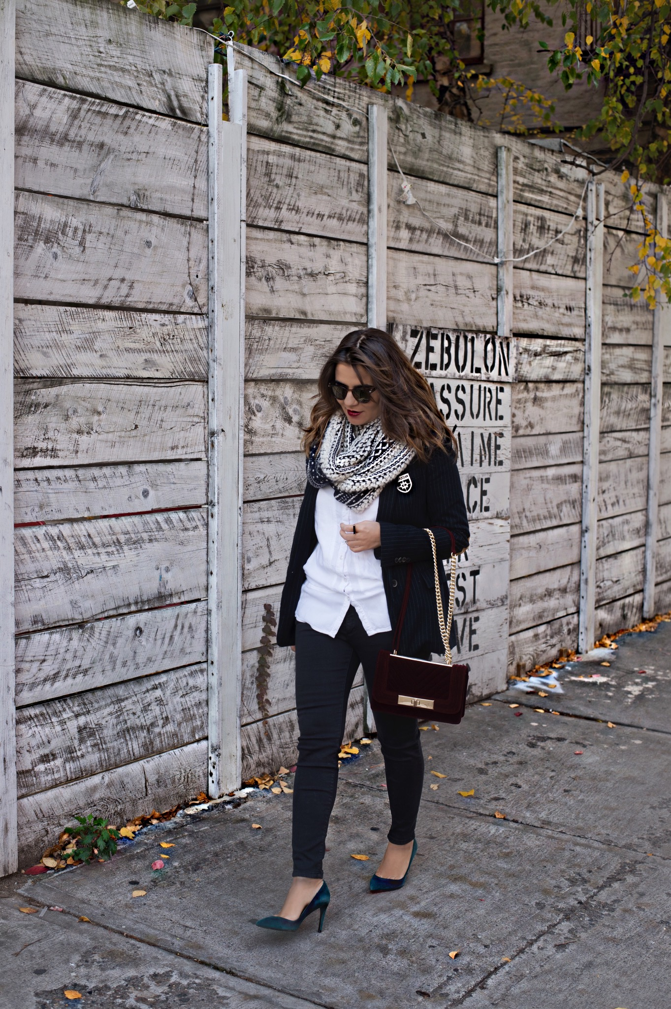 skinny-jeans-with-blazer-jacket-street-style-alley-girl-new-york-fashion-blogger-3