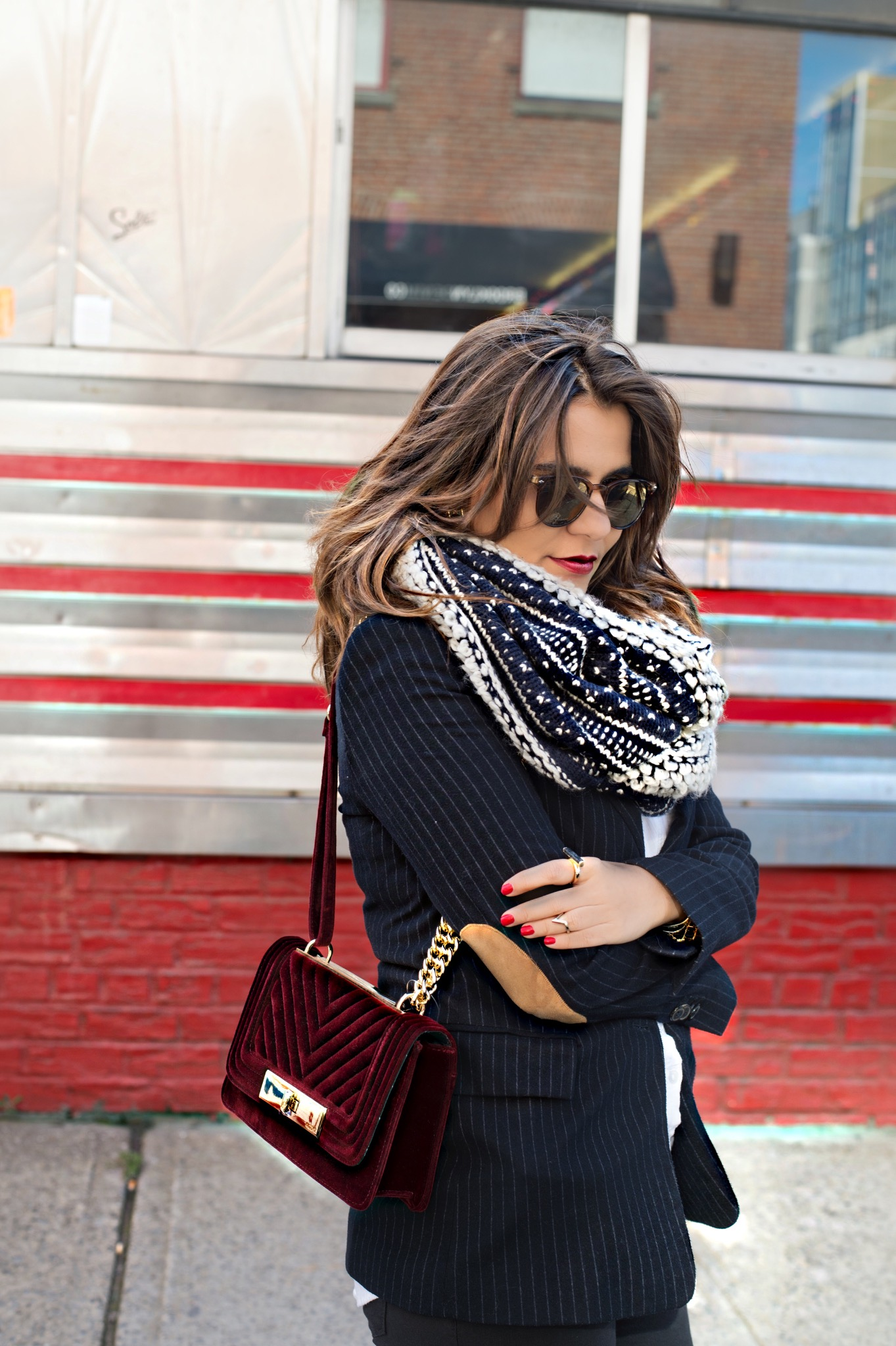 blazer-and-chanel-bag-street-style