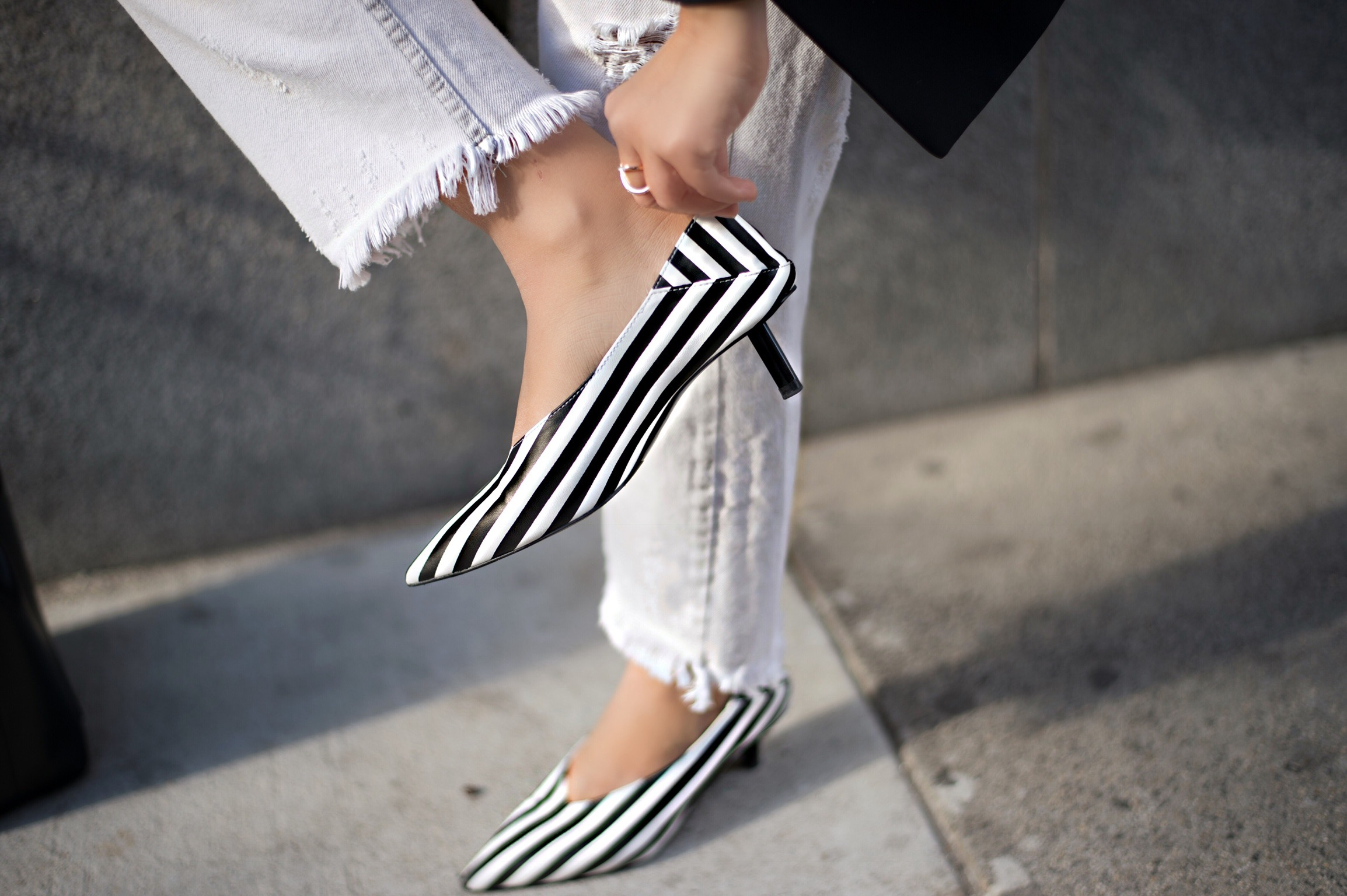 beetjuice-shoes