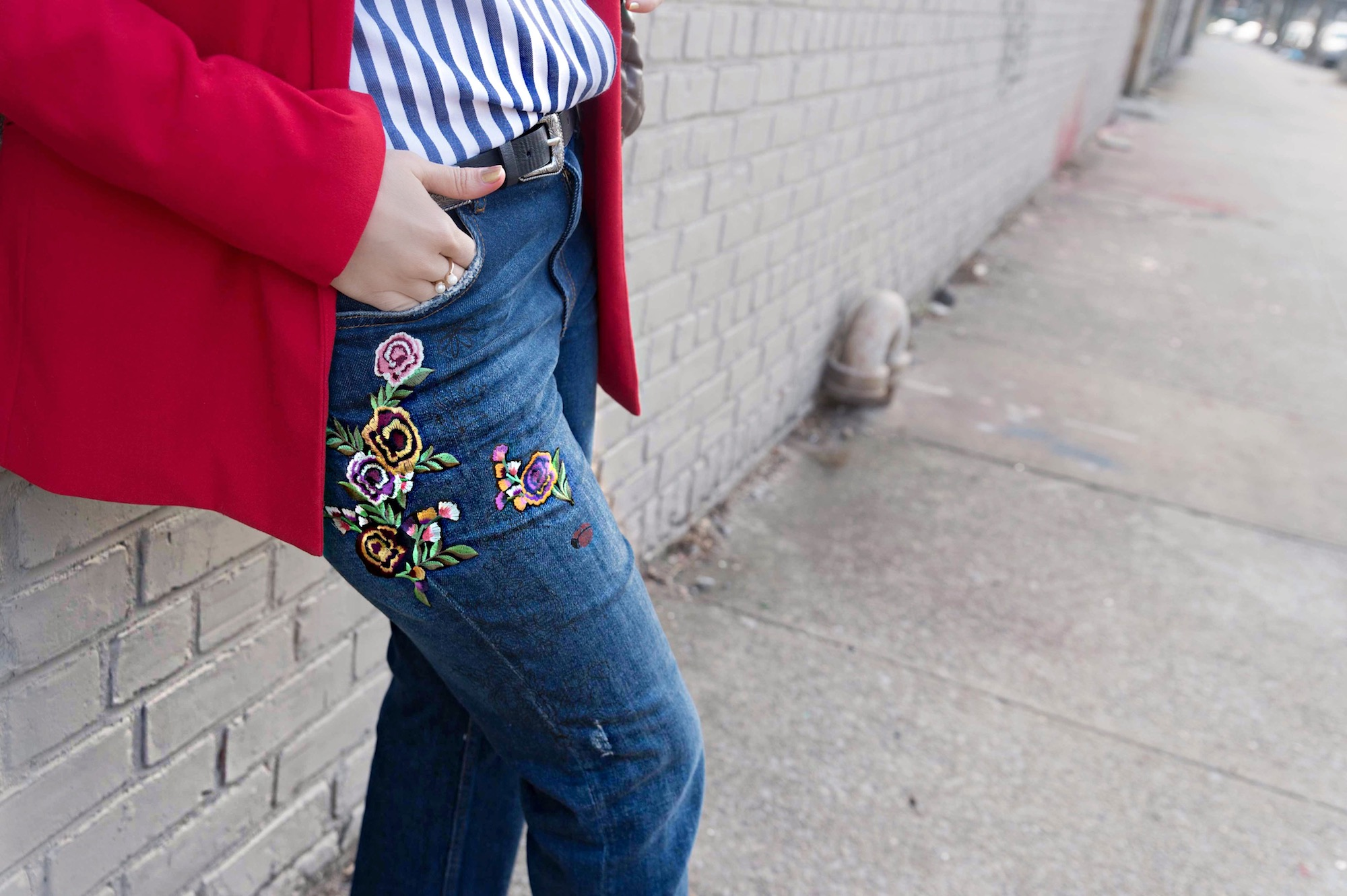embroidered-jeans-red-blazer-casual-chic