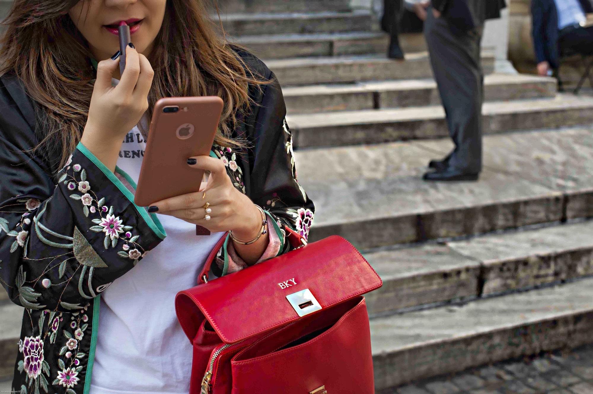 kimono-velvet-mary-jane-red-handle-bag-new-york-library-2
