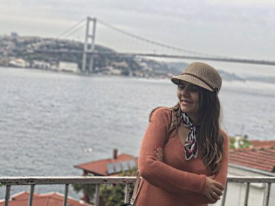 5-hidden-places-in-istanbul-from-an-old-istanbulites-eyes-alley-girl