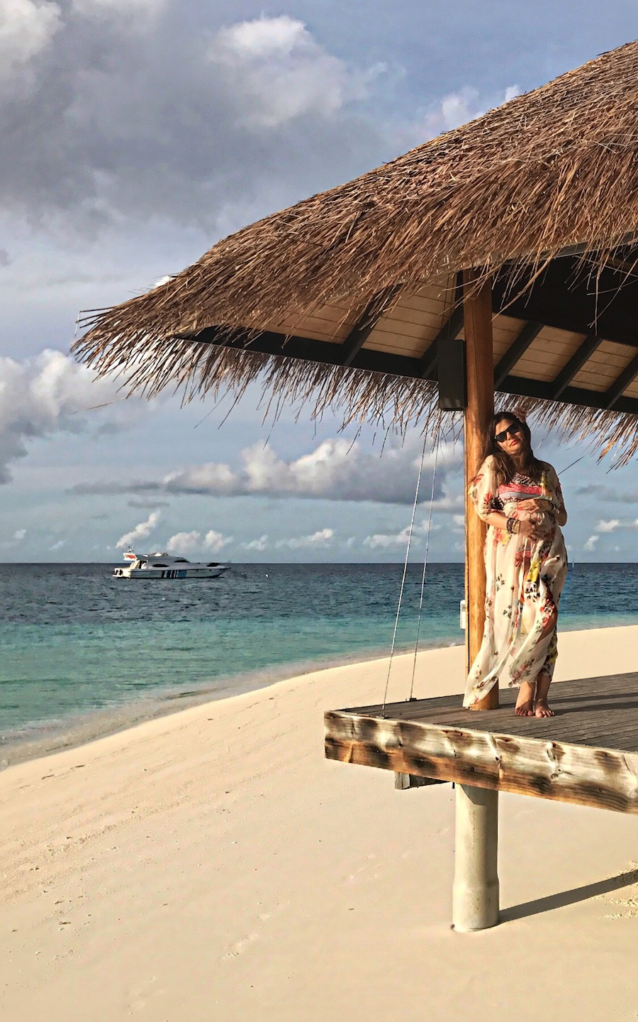 the-most-beautiful-my-baby-bump-photos-in-maldives