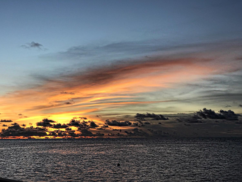 maldives-sunset-alley-girl-fashion-travel-life-style-blog