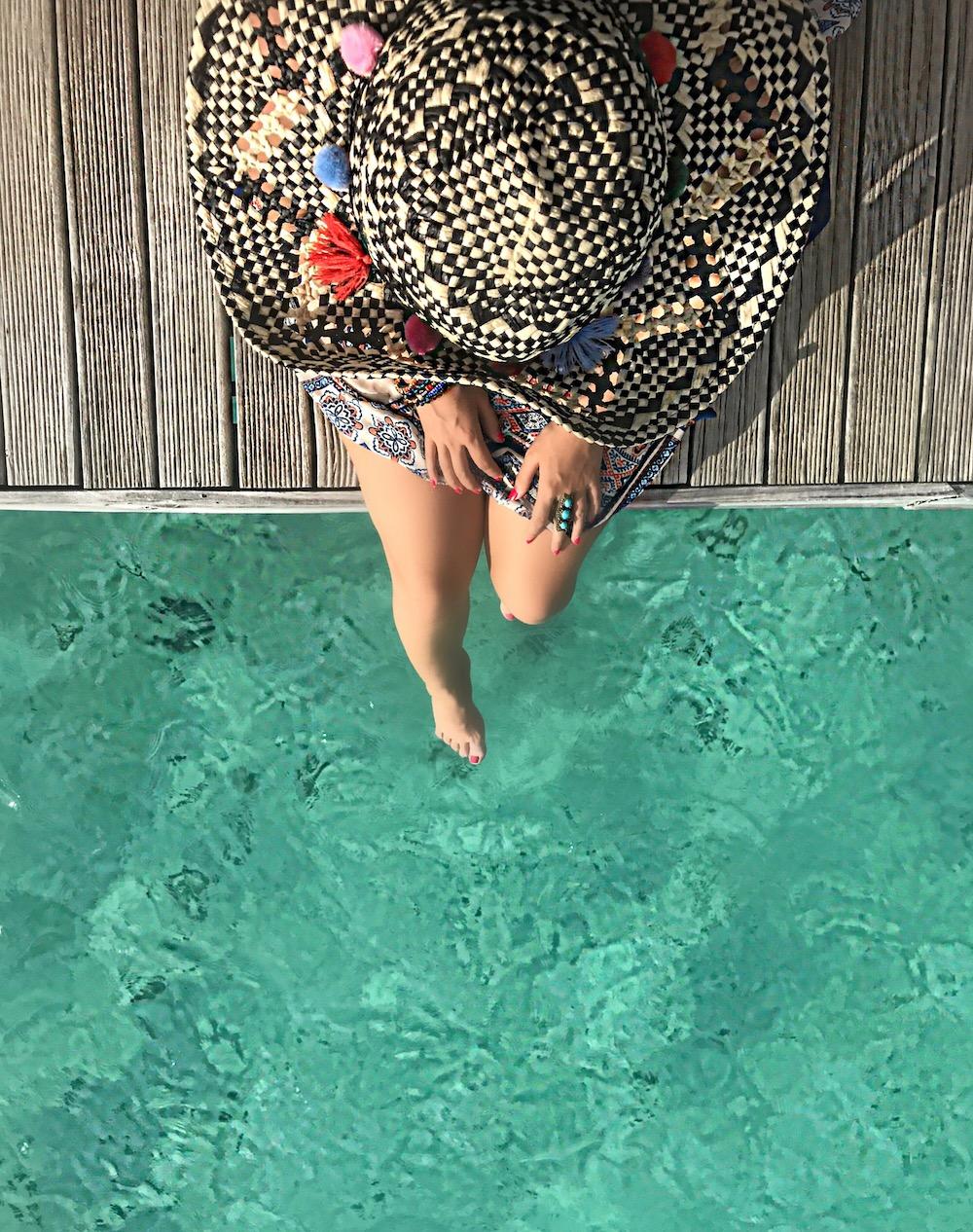 ocean-side-photos-alley-girl-fashion-travel-life-style-blog