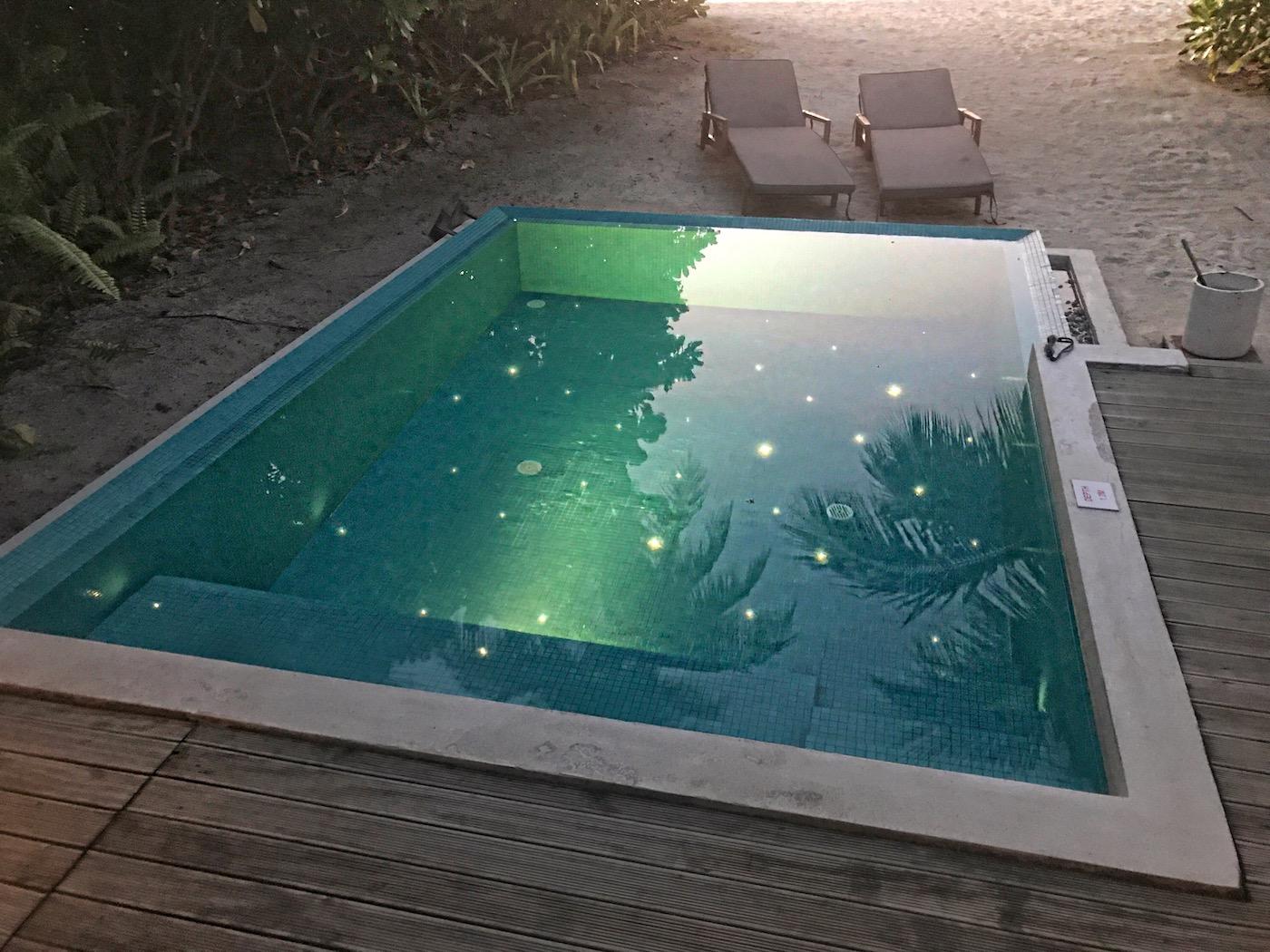 private-pool-villa-in-maldives-alley-girl-fashion-travel-life-style-blog